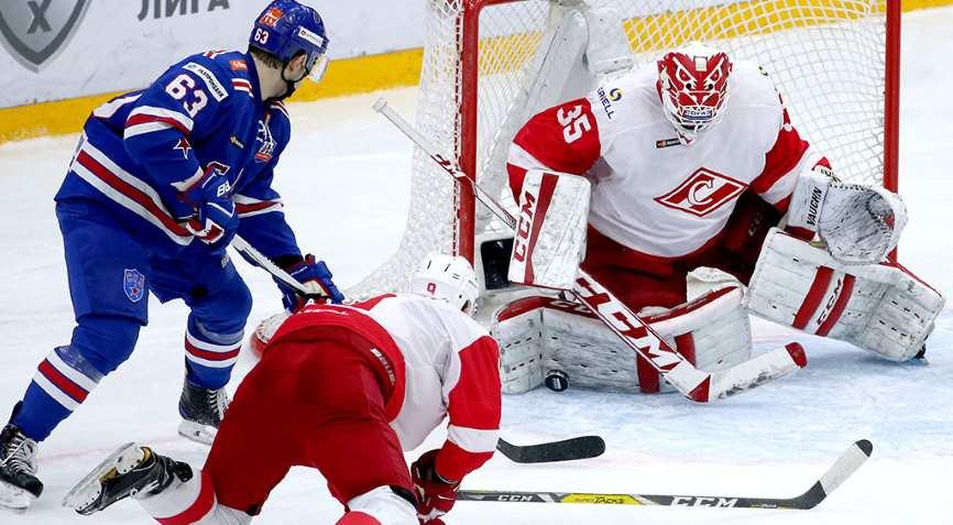 хоккеисты СКА и Спартака