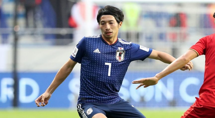 футболист Японии