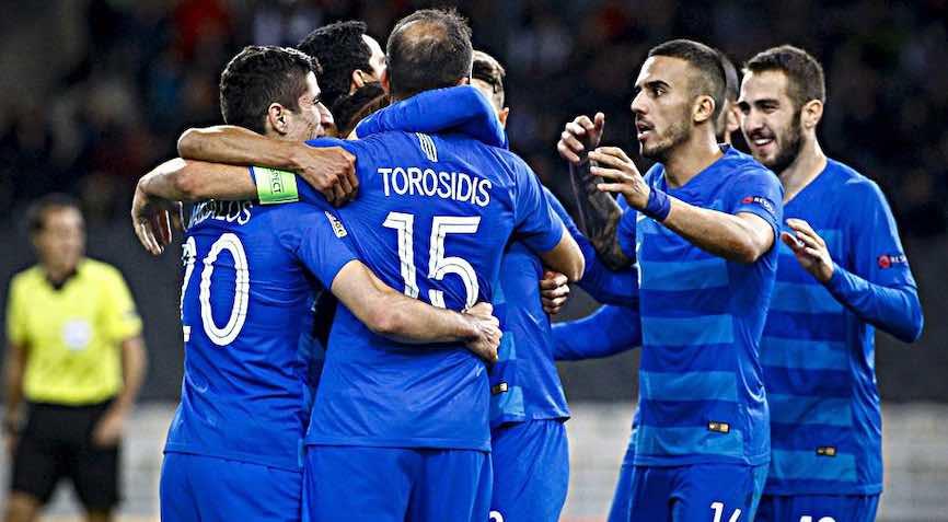 футболисты Греции
